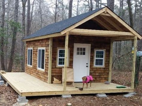 cabin deck building white woodworking best 25 wood cabins ideas on cabins in the