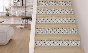 restaurer un escalier en bois free habiller escalier bois With peindre escalier bois en blanc 10 la renovation descalier saint maclou saint maclou