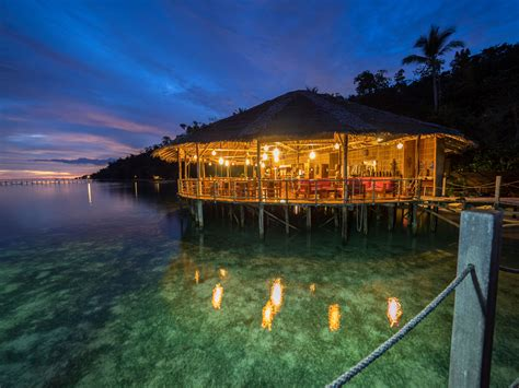 Images Of Kitchen Islands - restaurant raja ampat papua explorers resort