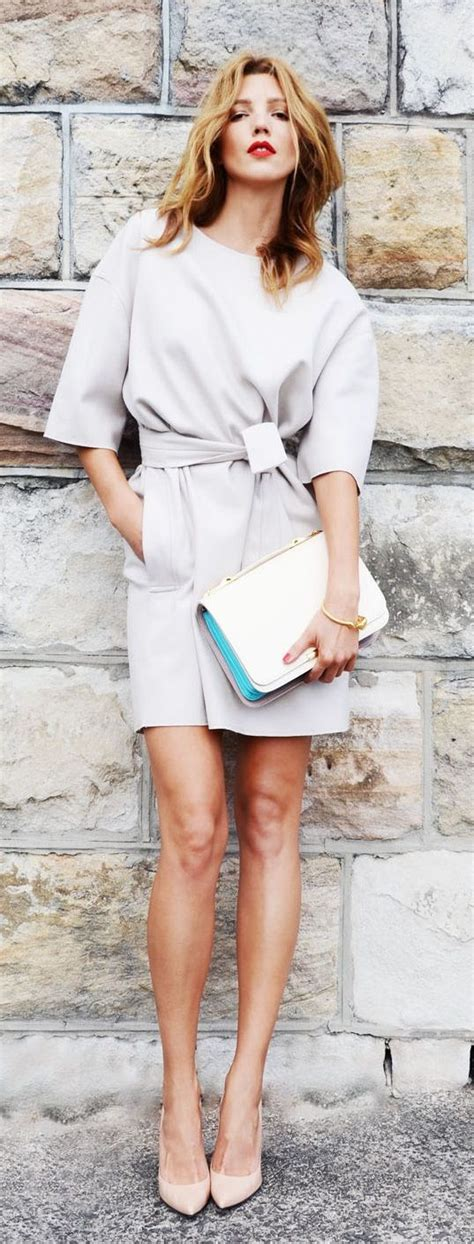 14 Minimalist Outfits For Summer- Minimal Fashion Style Tips