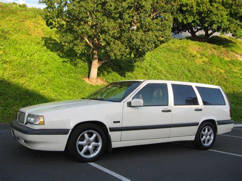 volvo  wagon white  tan leather auto