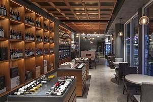 Pullman, Wine, Bar, And, Merchant
