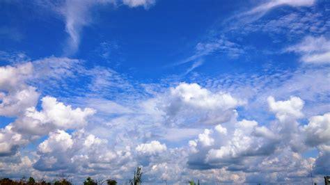 langit   langit berwarna biru  secret world