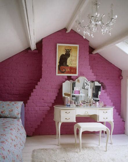 2 Hot Pink Bedrooms With Vintage Fabrics Tudorks