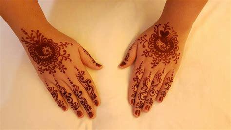 Sekarang ini, sangat mudah untuk menemukan henna, baik di toko kecantikan atau lainnya. √ 60+ Gambar Motif Henna Pengantin: Tangan dan Kaki yang Cantik