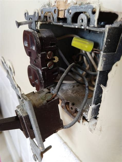Electrical Replace Light Switch Connected Power