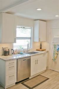 Inspiration for small kitchen remodel ideas on a budget for Kitchen designs on a budget