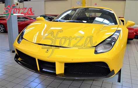 The engineers have saved 18 kilos in the engine alone. Ferrari 488 carbon fiber front spoiler GTB Spider
