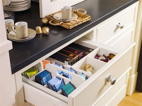 Organized Kitchen Drawers White String Lights For Bedroom One Apartments Royal Oak Mi Bedrooms With Sleigh Beds Traditional Furniture Decor Alexandria Cindy Crawford Savannah Ikea Wardrobes