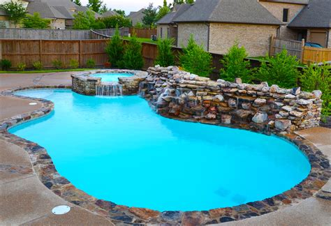 a picture of a pool what is a gunite pool