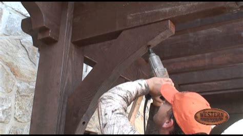 pergola diy    setting  knee braces timber