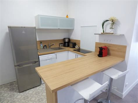 coin cuisine studio table cuisine 4 personnes table de salle manger indus en