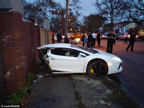 lamborghini reventon crash lamborghini aventador sliced in half in brooklyn car crash