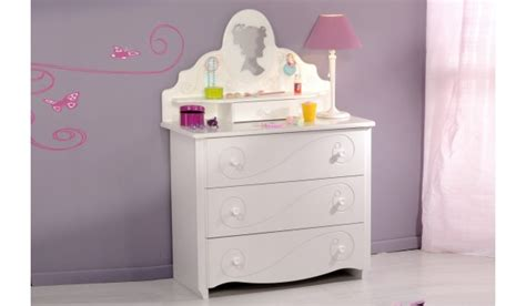 commode chambre fille commode et coiffeuse chambre fille blanc brillant novomeuble