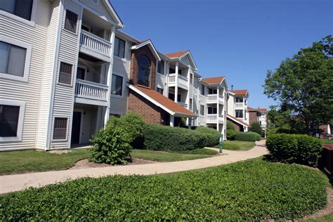 Woodlands Appartments by Woodlands On Green Bay Apartments Chicago Il 1