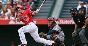 Mike Trout baseball batting tips - Men's Journal