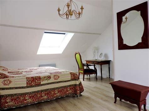 chambre spacieuse chambre d 39 hôtes spacieuse pour 3 personnes
