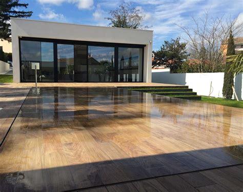 mobile terrasse pool la magie du fond mobile la terrasse se transforme en piscine piscines 224 fond mobile