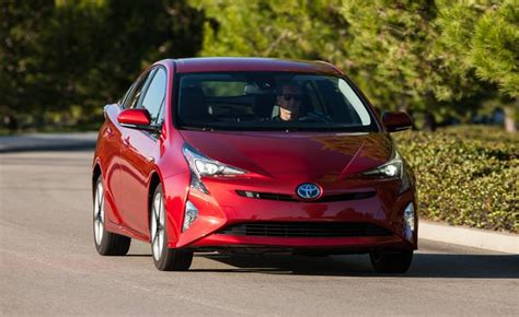 List Hybrid Cars by List Best Selling Hybrids In America Ny Daily News