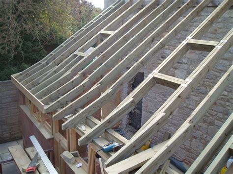Learn To Roof :  Lean To Roof Construction