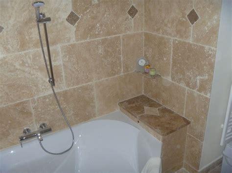 photo cuisine grise et salle de bains en pierres naturelles azur agencement