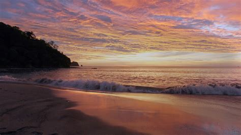 Top 21 Beach Home Decor Examples: Top 10 Reasons To Visit Costa Rica