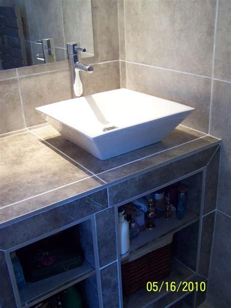 Petite Salle D'eau Attenante : Petite Salle D'eau Attenante à Une Chambre Rez De Chaussée