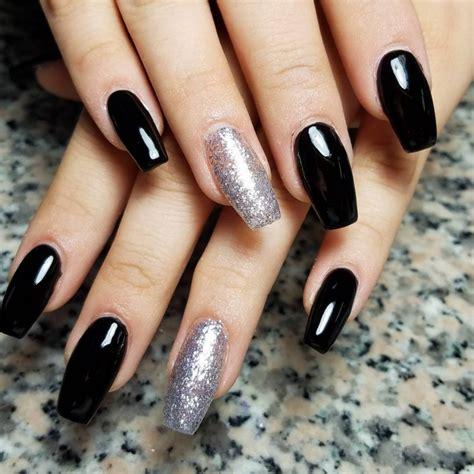 А вам нравятся черные ногти? — — Красивый маникюр