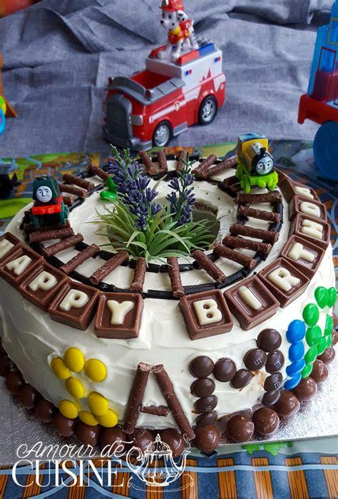 jeux de cuisine de gateaux d anniversaire gateau d 39 anniversaire pour garçon décoration facile