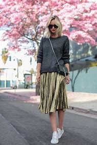 Metallic Pleated Skirt Outfits