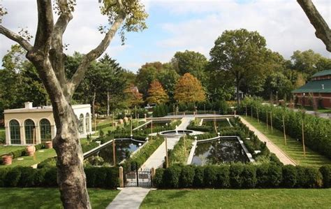 tuscan garden at snug harbor debuts at family friendly