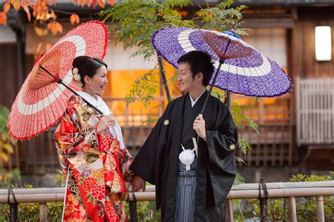 Traditional Japanese Wedding Dress by Traditional Japanese Wedding Dresses Shinto Style