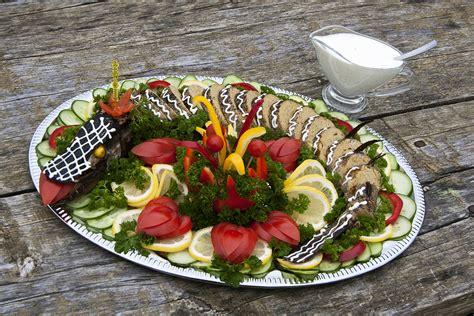 Diētas speciālisti vasarā iesaka ēst virs zemes augušo ...