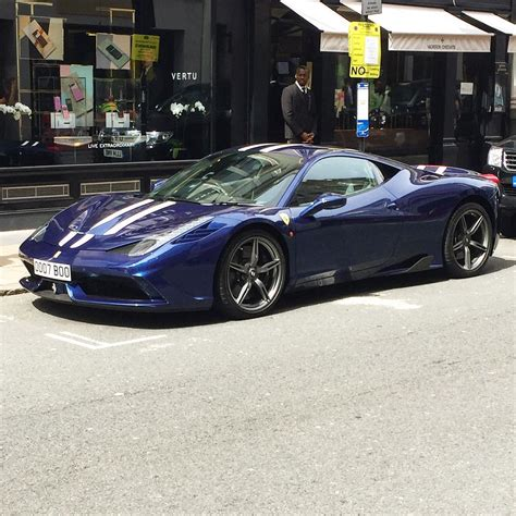 Ferrari là một trong những thương hiệu ô tô nổi tiếng nhất thế giới. Ghen tị với bộ sưu tập siêu xe Ferrari của một đại gia