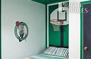 Panier Basket Chambre : un panier de basketball en guise de t te de lit plans et patrons d coration et r novation ~ Teatrodelosmanantiales.com Idées de Décoration