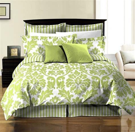 8pcs White Green Printed Damask Stripe Reversible Duvet
