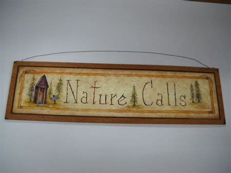 nature calls wooden country outhouse bathroom wall art