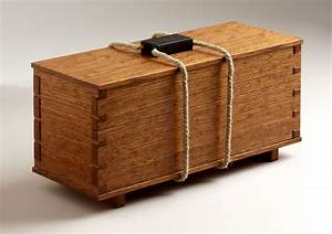 Rope handle spices up a tea box - FineWoodworking