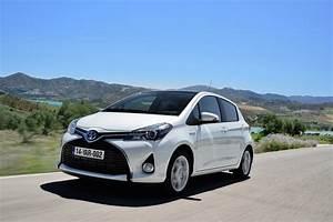 Toyota Yaris Hybride Avis : toyota yaris hsd galerie photos ~ Gottalentnigeria.com Avis de Voitures