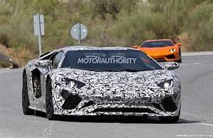 Lamborghini Aventador 2018 : 2018 lamborghini aventador roadster spy shots ~ Medecine-chirurgie-esthetiques.com Avis de Voitures