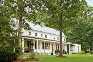Decorative Southern Farmhouse Home Plans by Classic Farmhouse Decorating Southern Living