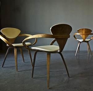Skandinavische Stühle Klassiker : ulla jahn sammelt rare design klassiker auf der ganzen ~ Michelbontemps.com Haus und Dekorationen