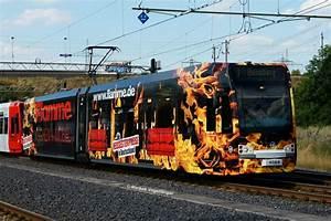 Flamme Möbel Köln : 4069 mit neuer ganzreklame flamme k chen m bel an der haltestelle weiden west am ~ Frokenaadalensverden.com Haus und Dekorationen
