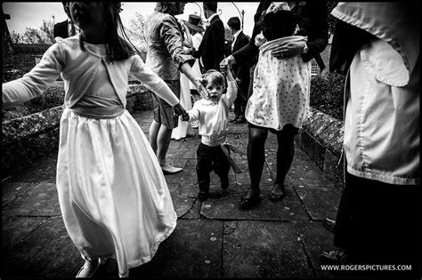 documentary wedding photography   fuji xt