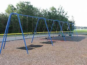 Quashnet Elementary School Playground - Old Barnstable ...