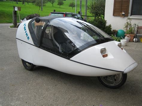 Electric Powered Vehicles by Twike By The German Firm Mobile Is A Three Wheel