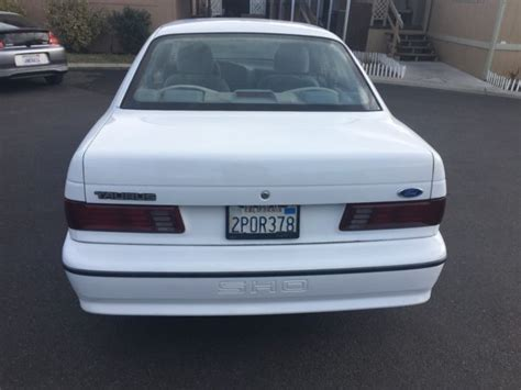 1989 Ford Taurus Sho 5-speed Rust Free California Car