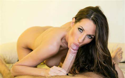 Chanel Preston Is Gorgeous Lady From All The Way North