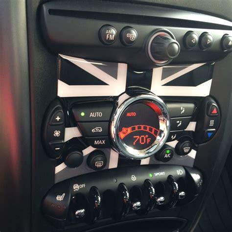 simple floor mini cooper r56 r57 r58 r59 r60 r61 radio badge in unionjack