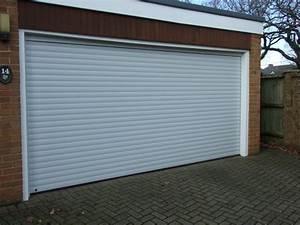 Porte Garage Coulissante Motorisée : porte de garage enroulable sofernim ~ Dailycaller-alerts.com Idées de Décoration